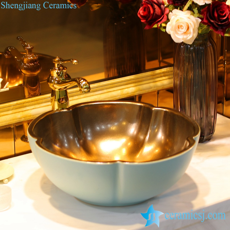 LT-1607-06-哑光绿金属釉 LT-1607-04/06/13/17/29 Gold plated inside solid color outside flower shape series ceramic toilet wash hand rinse - shengjiang  ceramic  factory   porcelain art hand basin wash sink