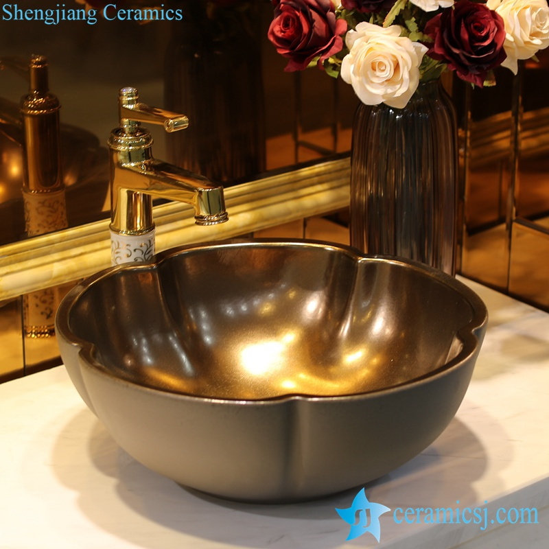 LT-1607-29-咖啡色金属釉 LT-1607-04/06/13/17/29 Gold plated inside solid color outside flower shape series ceramic toilet wash hand rinse - shengjiang  ceramic  factory   porcelain art hand basin wash sink