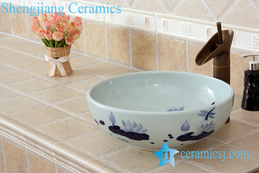 YL-E_5518 YL-E_5518 Blue and white porcelain counter top sink basin dragonfly and lotus flower design - shengjiang  ceramic  factory   porcelain art hand basin wash sink